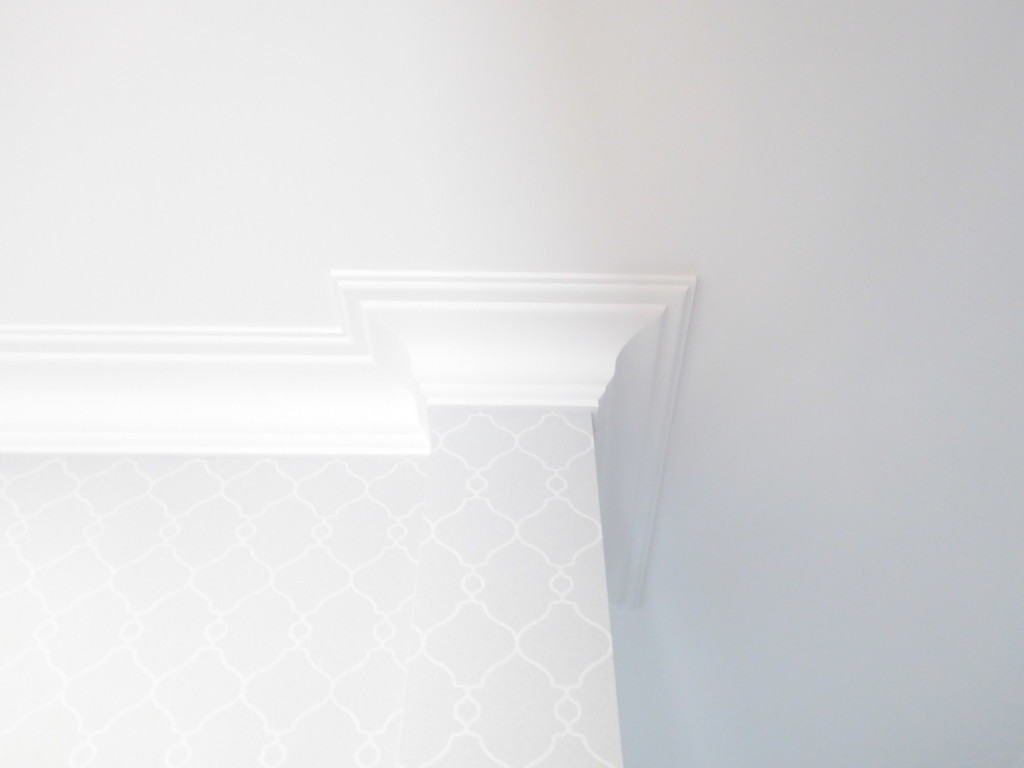 entrance wallpaper and cornice detailing