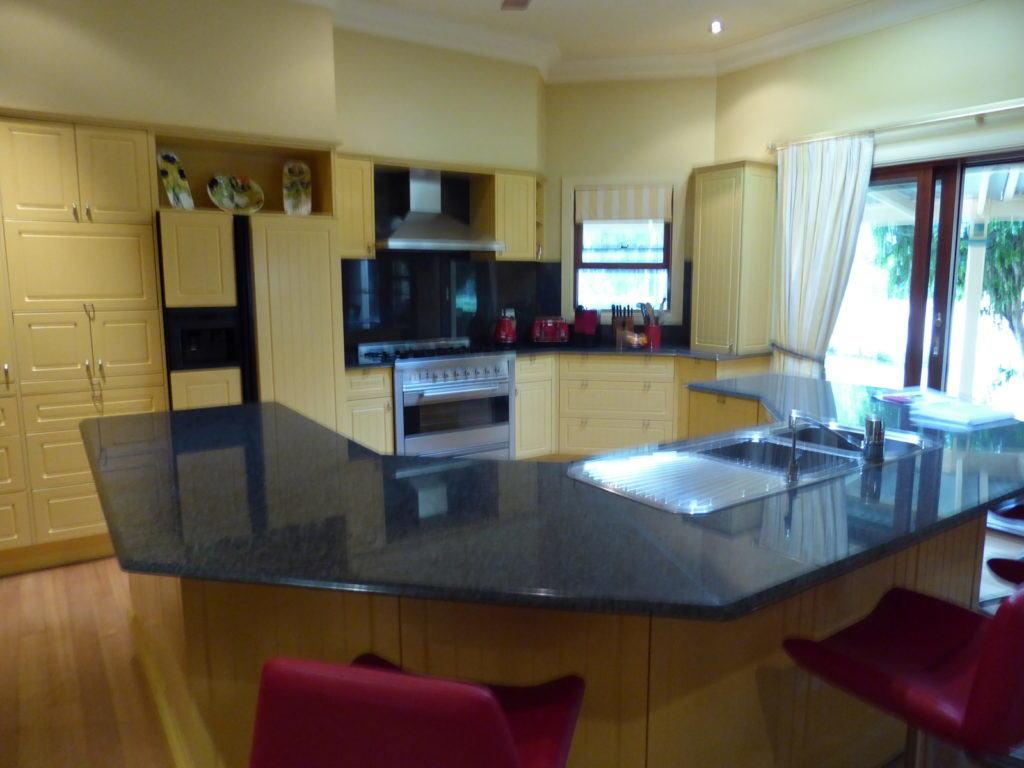 Original photo of the kitchen