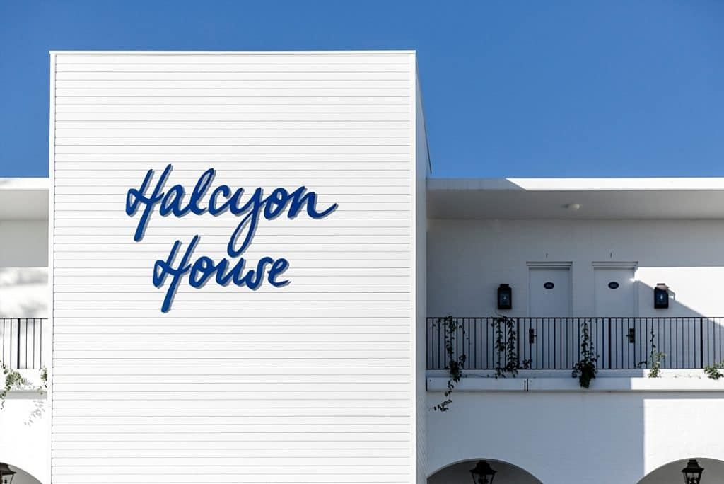 halcyon house signage on byron bay getaway