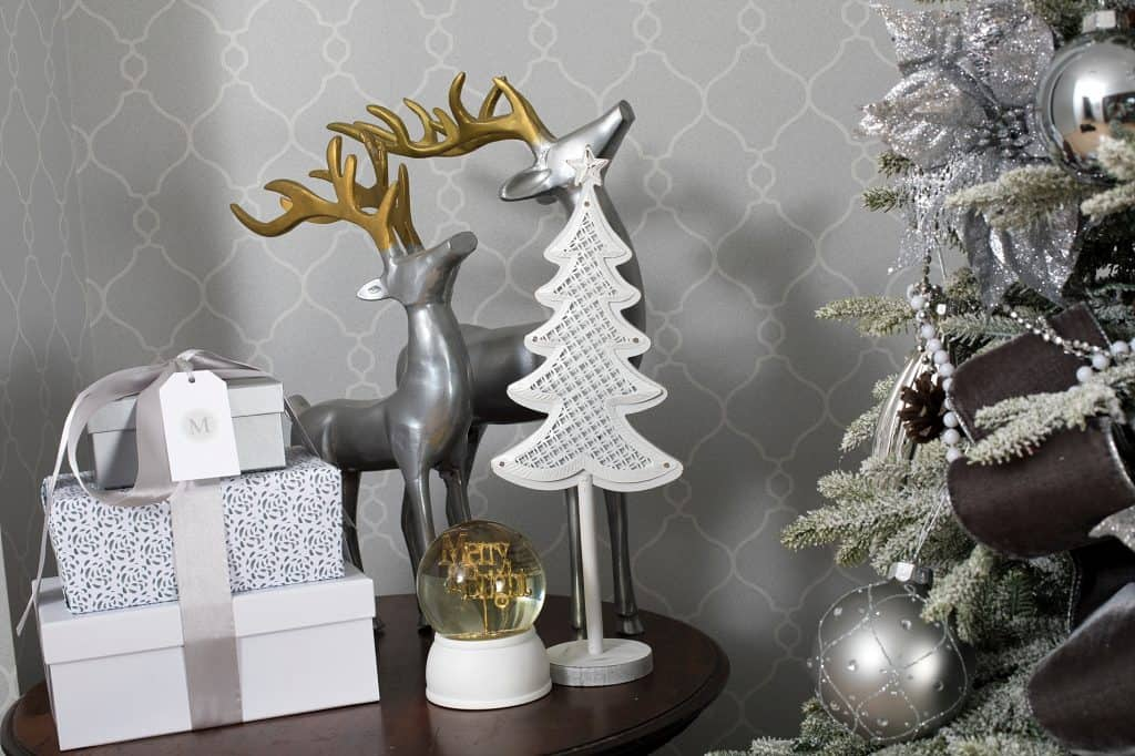 Balsam Hill Christmas Collaboration - tree, gifts and table decor